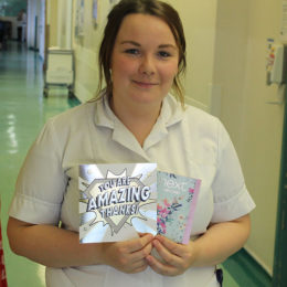 Healthcare assistant Micaela Waldby with her card and gift card as heartfelt thanks for the care she gave to patient