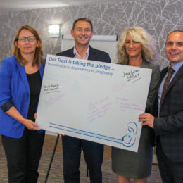 Image of Chief Executives holding pledge to end smoking in pregnancy