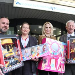 Tesco donates toys to latest appeal