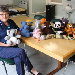 Nurse specialist Jeanette has been busy knitting for lung cancer care