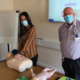 Non-clinical staff get lifesaving training
